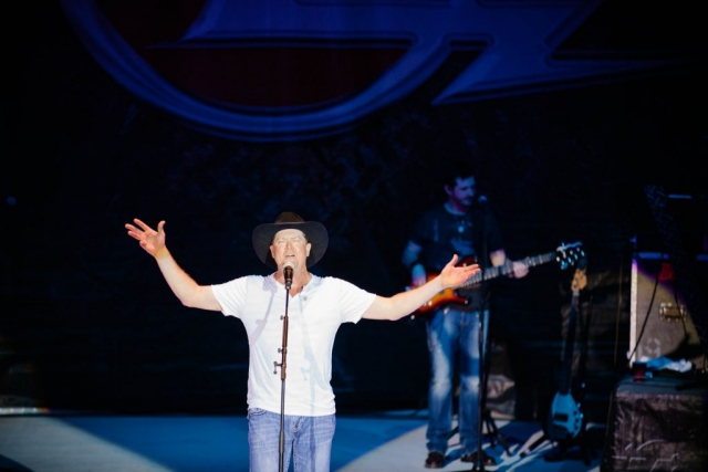 Tracy Lawrence at CCA